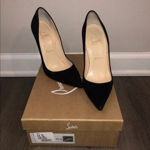 SOLD❌ Louboutin so kate black suede